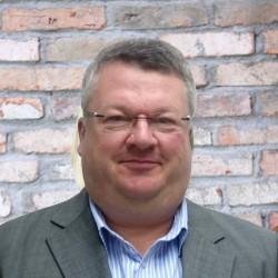 Andrew Turton